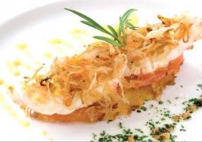 Góndola de Cigala sobre Panettone y Tomate Especiado